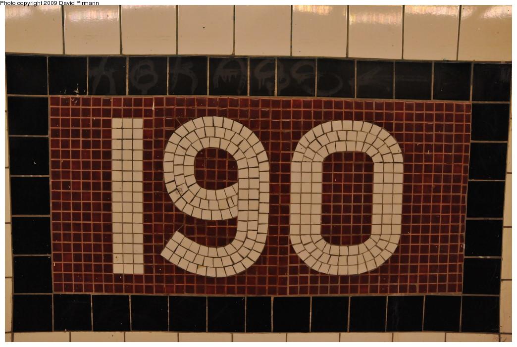 (242k, 1044x701)<br><b>Country:</b> United States<br><b>City:</b> New York<br><b>System:</b> New York City Transit<br><b>Line:</b> IND 8th Avenue Line<br><b>Location:</b> 190th Street/Overlook Terrace <br><b>Photo by:</b> David Pirmann<br><b>Date:</b> 4/10/2009<br><b>Viewed (this week/total):</b> 0 / 671