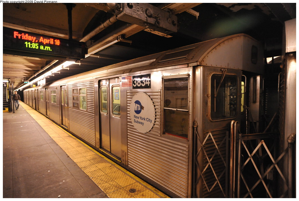 (284k, 1044x701)<br><b>Country:</b> United States<br><b>City:</b> New York<br><b>System:</b> New York City Transit<br><b>Line:</b> IND 8th Avenue Line<br><b>Location:</b> 168th Street <br><b>Route:</b> C<br><b>Car:</b> R-32 (Budd, 1964)  3834 <br><b>Photo by:</b> David Pirmann<br><b>Date:</b> 4/10/2009<br><b>Viewed (this week/total):</b> 2 / 995