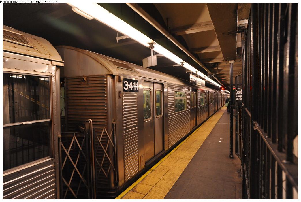 (275k, 1044x701)<br><b>Country:</b> United States<br><b>City:</b> New York<br><b>System:</b> New York City Transit<br><b>Line:</b> IND 8th Avenue Line<br><b>Location:</b> 168th Street <br><b>Route:</b> C<br><b>Car:</b> R-32 (Budd, 1964)  3411 <br><b>Photo by:</b> David Pirmann<br><b>Date:</b> 4/10/2009<br><b>Viewed (this week/total):</b> 0 / 1036