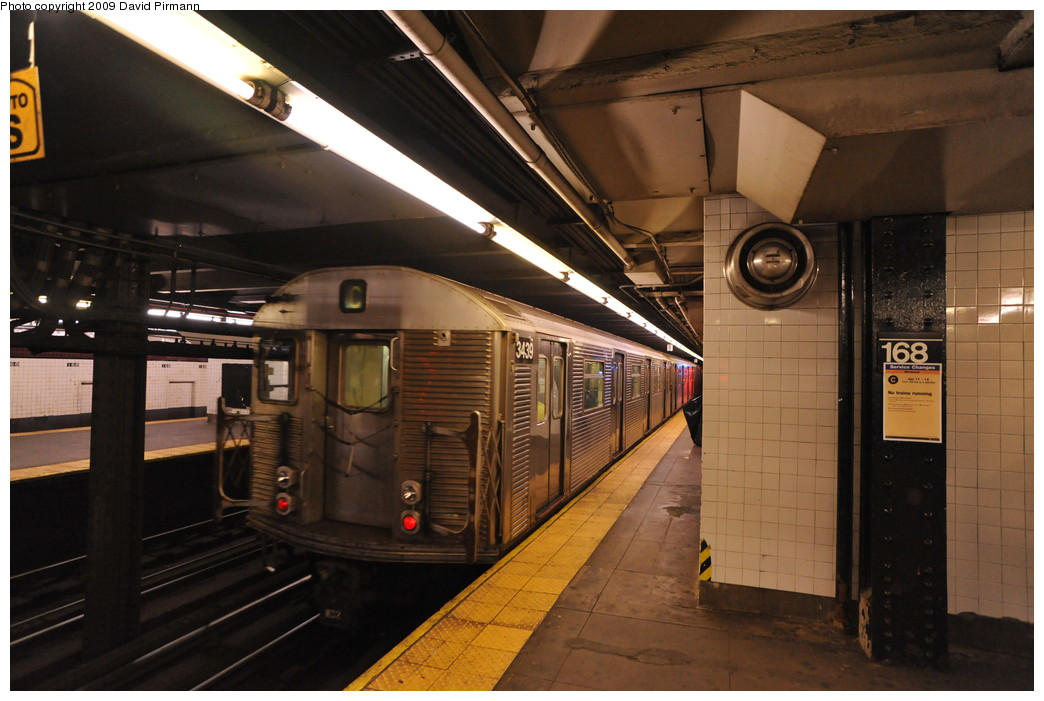 (244k, 1044x701)<br><b>Country:</b> United States<br><b>City:</b> New York<br><b>System:</b> New York City Transit<br><b>Line:</b> IND 8th Avenue Line<br><b>Location:</b> 168th Street <br><b>Route:</b> C<br><b>Car:</b> R-32 (Budd, 1964)  3439 <br><b>Photo by:</b> David Pirmann<br><b>Date:</b> 4/10/2009<br><b>Viewed (this week/total):</b> 0 / 1148