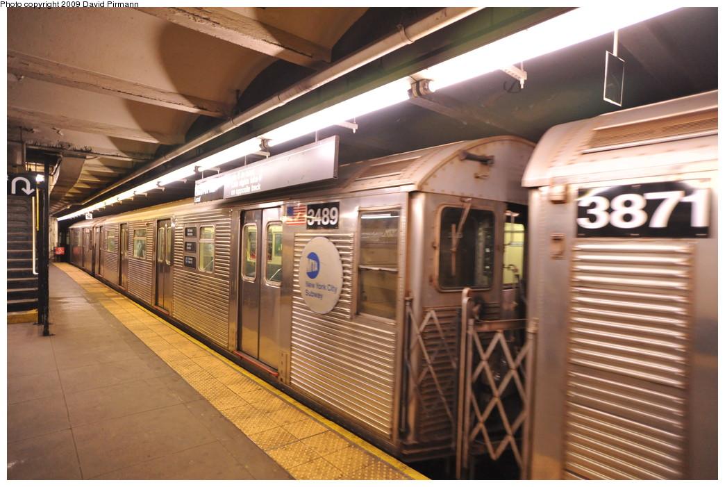 (267k, 1044x701)<br><b>Country:</b> United States<br><b>City:</b> New York<br><b>System:</b> New York City Transit<br><b>Line:</b> IND 8th Avenue Line<br><b>Location:</b> 168th Street <br><b>Route:</b> C<br><b>Car:</b> R-32 (Budd, 1964)  3489 <br><b>Photo by:</b> David Pirmann<br><b>Date:</b> 4/10/2009<br><b>Viewed (this week/total):</b> 2 / 1113