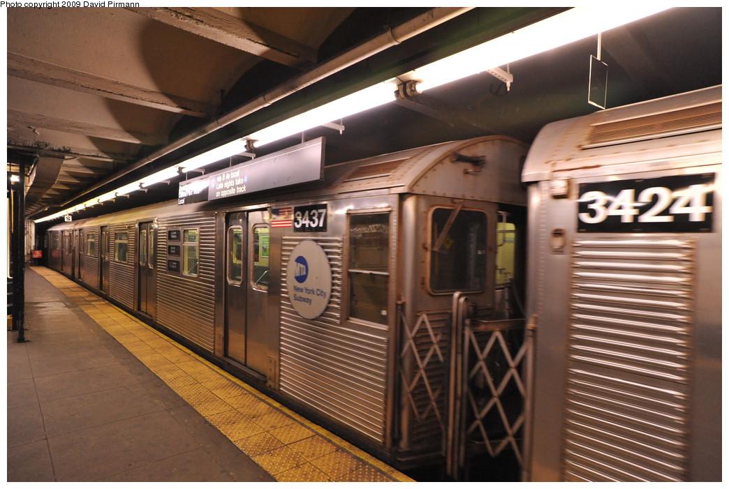 (269k, 1044x701)<br><b>Country:</b> United States<br><b>City:</b> New York<br><b>System:</b> New York City Transit<br><b>Line:</b> IND 8th Avenue Line<br><b>Location:</b> 168th Street <br><b>Route:</b> C<br><b>Car:</b> R-32 (Budd, 1964)  3437 <br><b>Photo by:</b> David Pirmann<br><b>Date:</b> 4/10/2009<br><b>Viewed (this week/total):</b> 0 / 1052