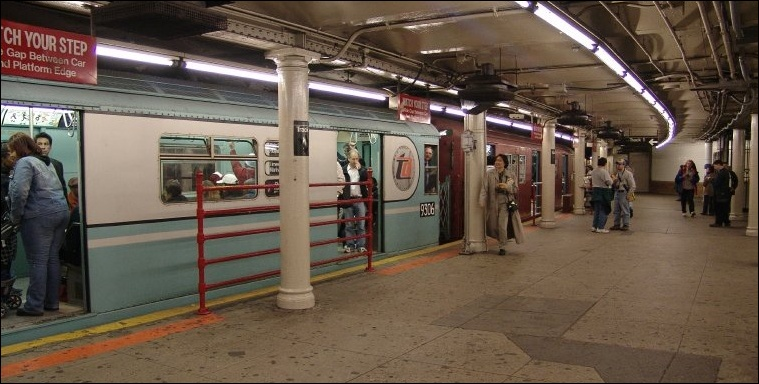 www.nycsubway.org: Station: 42nd Street-Times Square