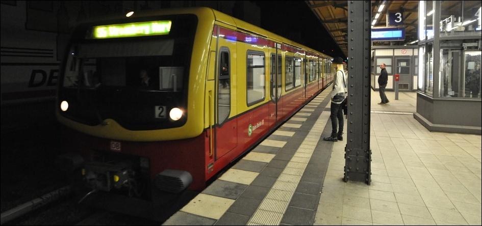 title_world_de_berlin_sbahn.jpg