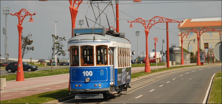 La Coruna Spain  City new picture : Tranvia de La Coruña ex Lisbon car no. 100 at the Torre de Hercules ...