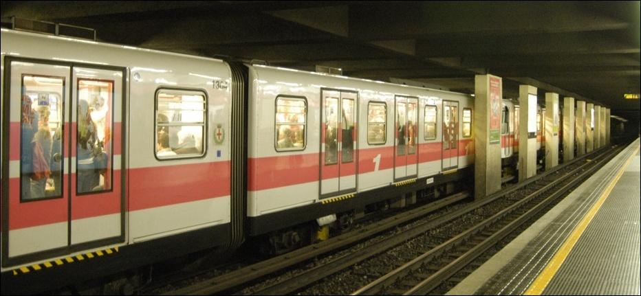 title_world_it_milan_metro.jpg