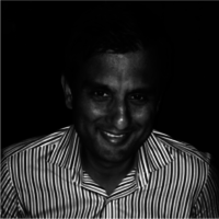 Sunil profile picture cropped bw 3