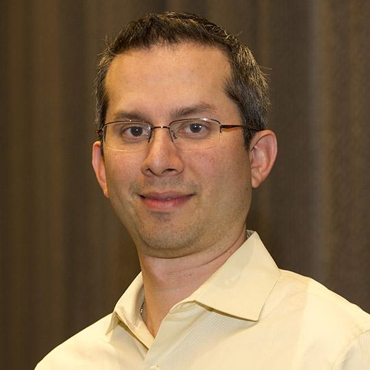 Enrique Yanez
