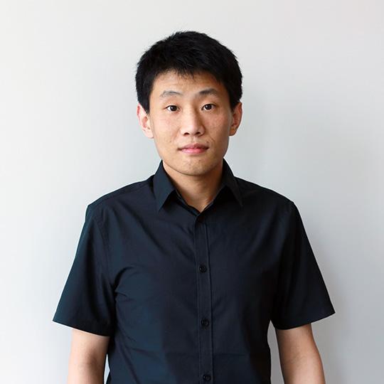 Junlong Yang