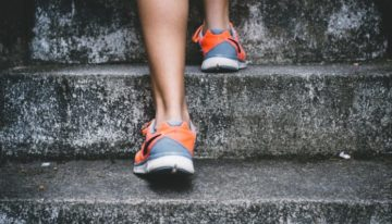 8 Exercises To Strengthen and Tone Your Legs