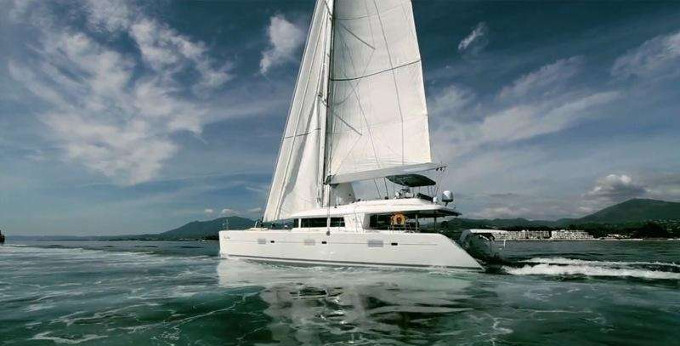 Foxy Lady - BVI Private Luxurious Catamaran Charter Discount - 10% Off