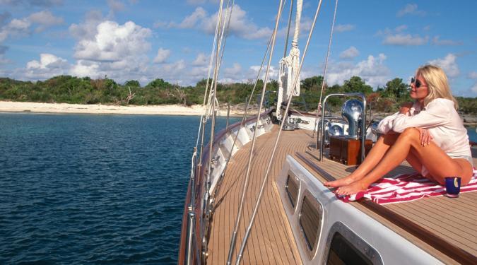 USVI crewed yacht charter