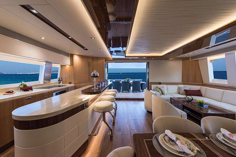Cat Yacht 'Cat', 8 PAX, 3 Crew, 74.00 Ft, 22.00 Meters, Built 2017, Horizon, Refit Year