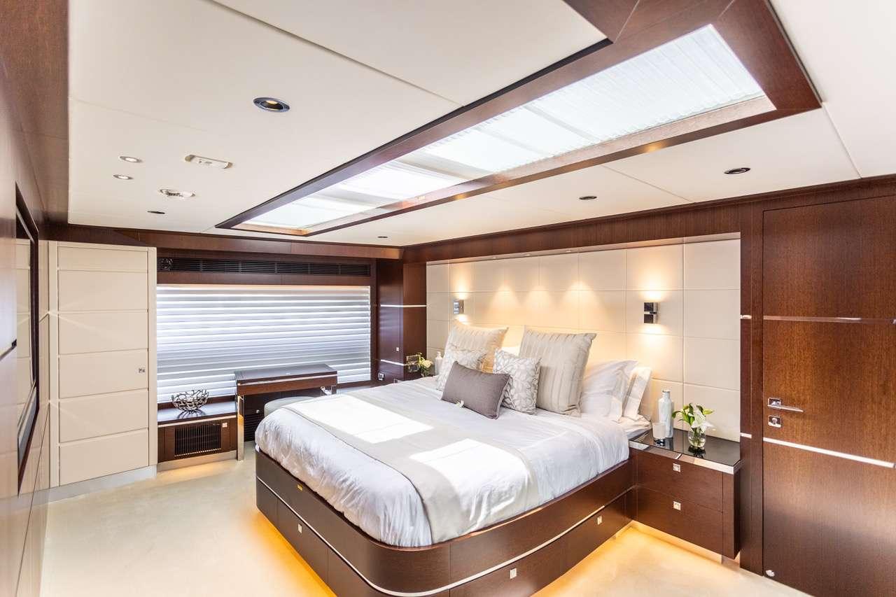 master cabin on BVI Motor Yacht Charter