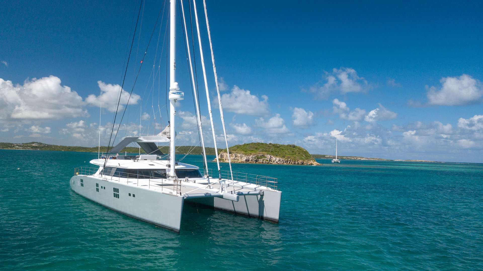 Cat Yacht 'Cat', 8 PAX, 6 Crew, 113.00 Ft, 34.00 Meters, Built 2010, Sunreef Yachts, Refit Year 2018