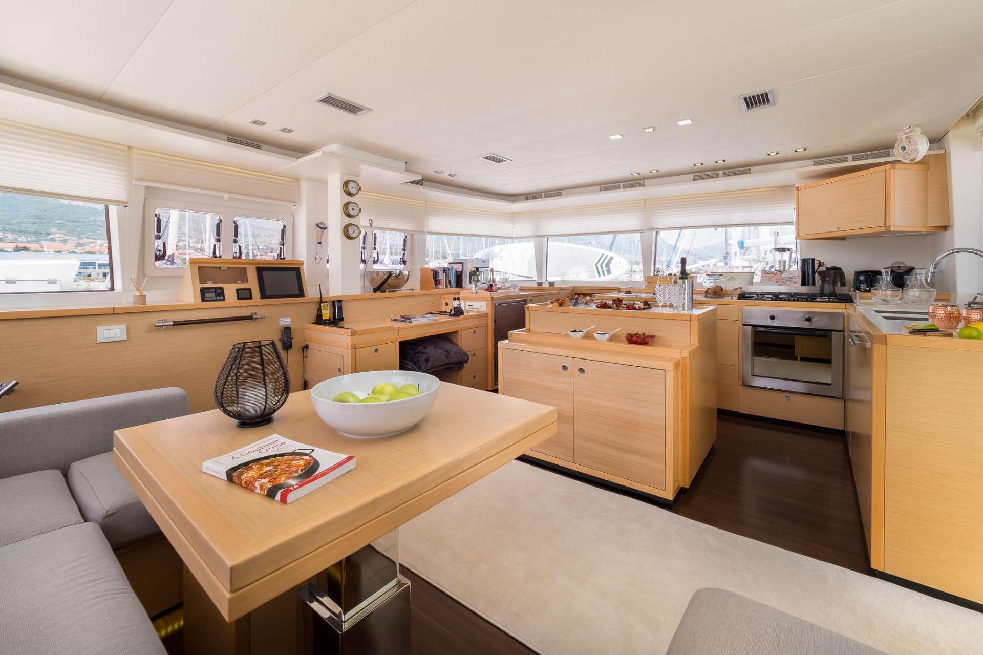 Cat Yacht 'Cat', 8 PAX, 2 Crew, 56.00 Ft, 17.00 Meters, Built 2012, Lagoon, Refit Year 2018