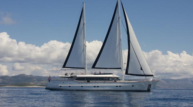 Navilux yacht charter in croatia