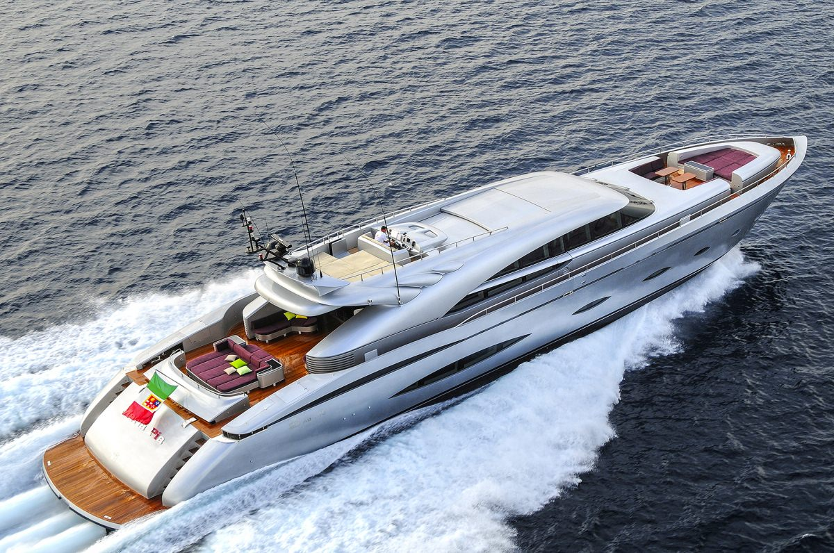 Power Yacht 'Power', 10 PAX, 8 Crew, 140.00 Ft, 42.00 Meters, Built 2009, AB Yachts, Refit Year 2013