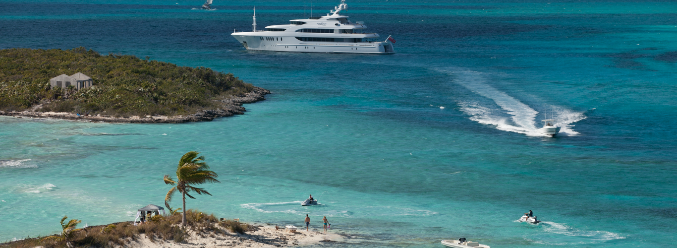 motor yacht charter in the exumas