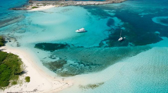 Bamahas megayacht charter