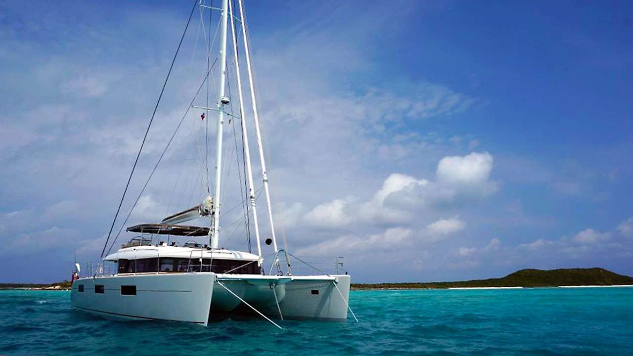 Cat Yacht 'Cat', 8 PAX, 2 Crew, 62.00 Ft, 18.00 Meters, Built 2019, Lagoon, Refit Year