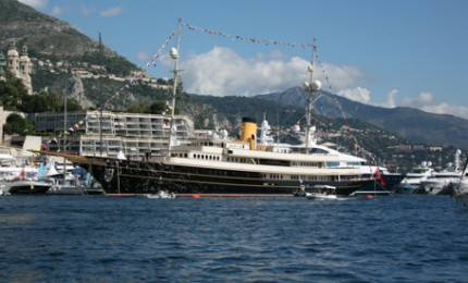 Classic Yacht Charters - Motor