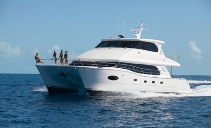 Power Catamaran Yacht Charters