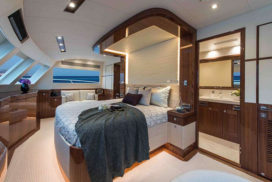 master cabin on Horizon power catamaran charter