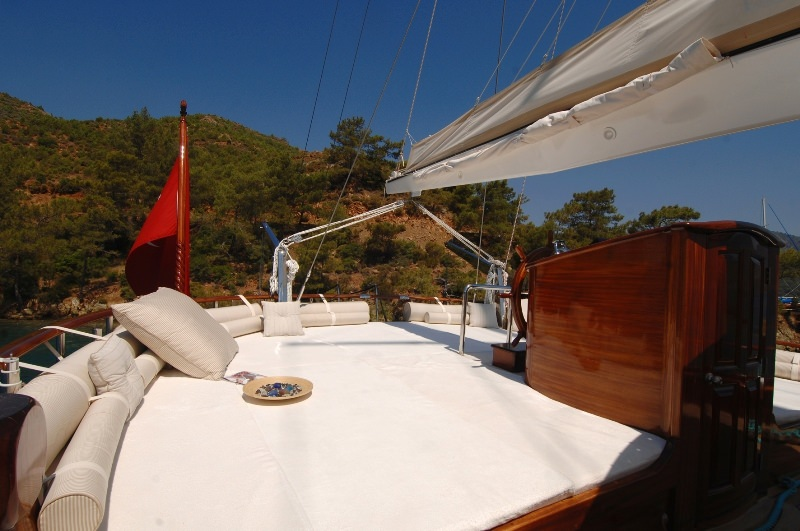 Motors Yacht 'Motors', 12 PAX, 7 Crew, 141.00 Ft, 43.00 Meters, Built 2008, Custom Built, Refit Year