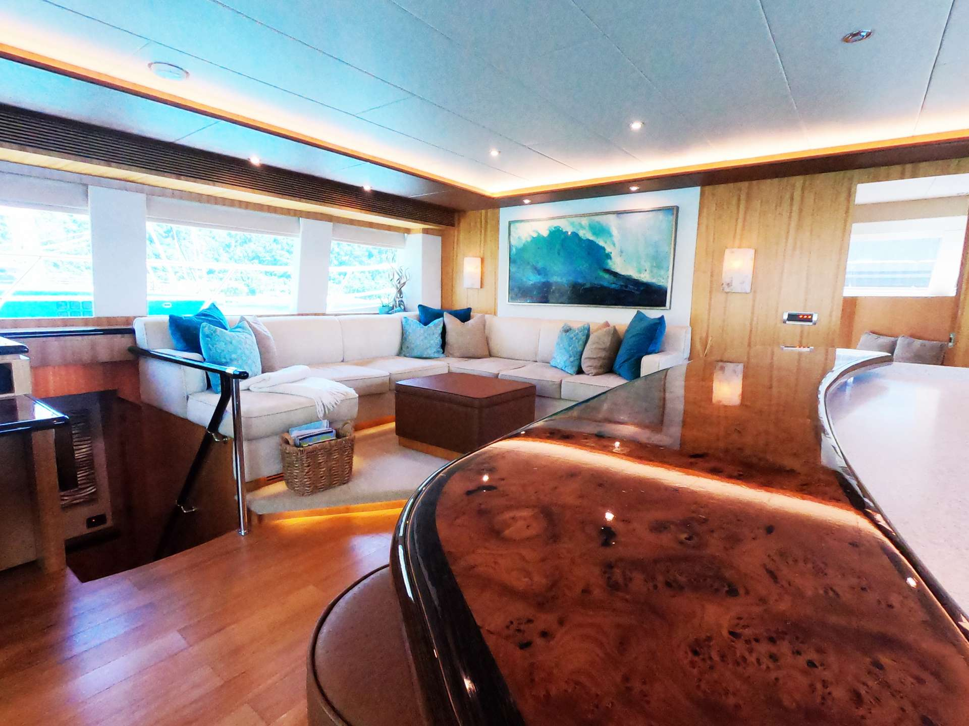 Cat Yacht 'Cat', 6 PAX, 2 Crew, 60.00 Ft, 18.00 Meters, Built 2014, Horizon, Refit Year N/A