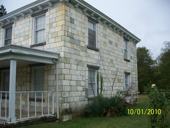 tombstone house