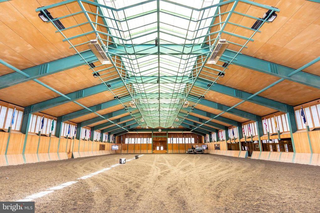 Tudor Farms Riding Ring