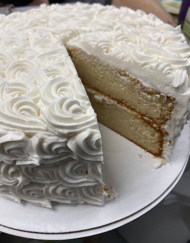 Decadent Dessert's famous wedding cake