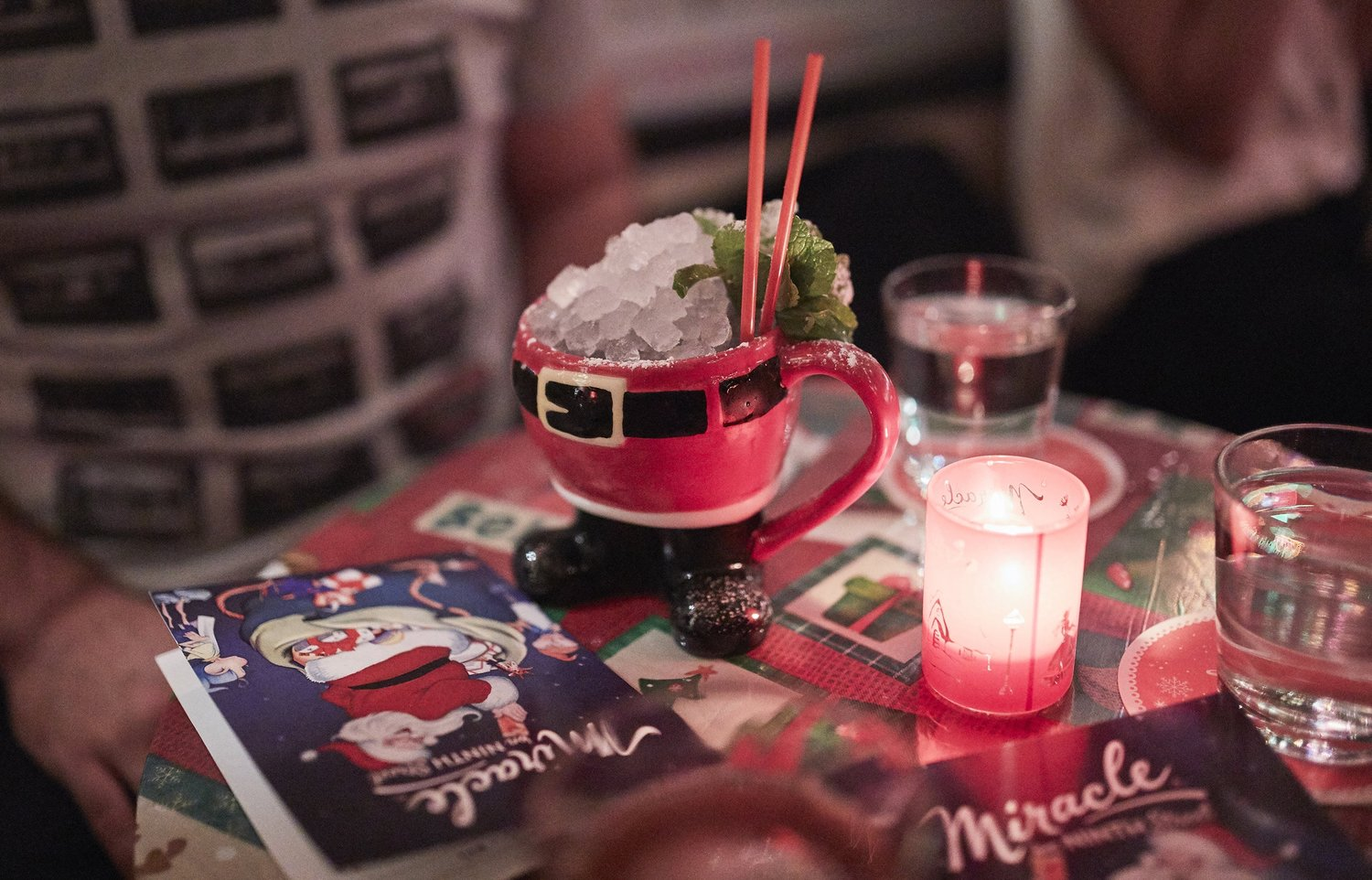 Holiday drink, Miracle pop-up bar