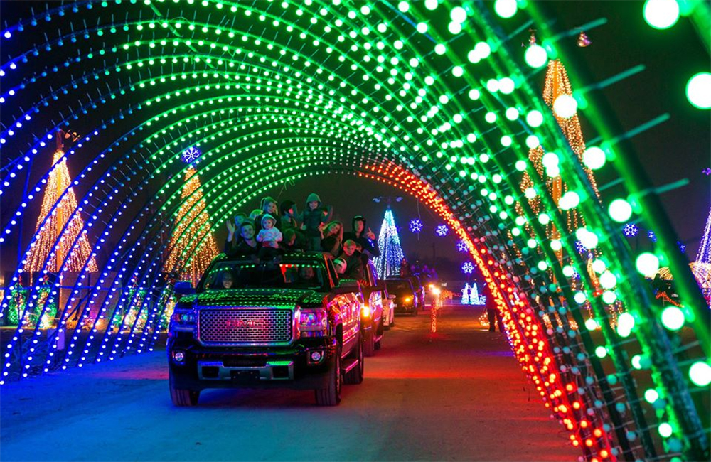 Take A Drive Through The Holidays At These 2 Unique Light Displays
