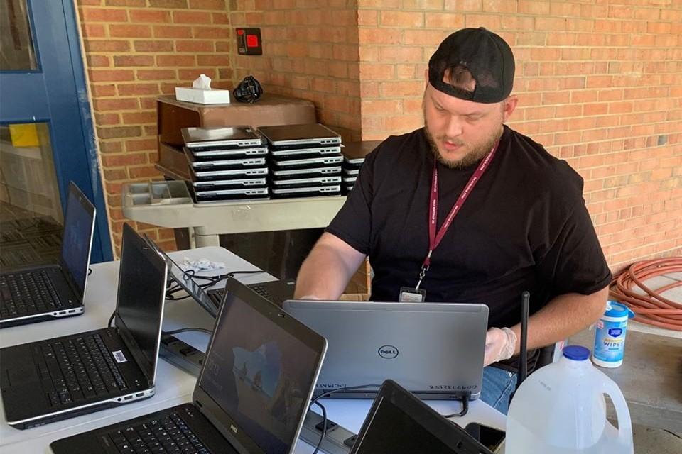 teacher, laptops