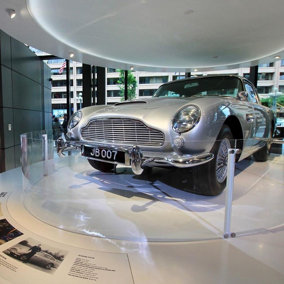 James Bond car, Aston Martin