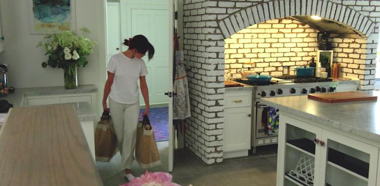 Selena Gomez, Selena + Chef, style