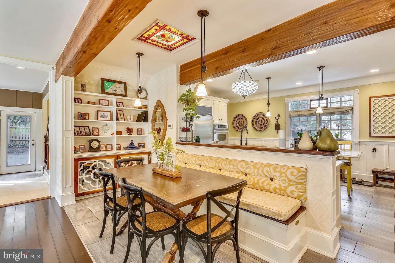 kitchen, breakfast nook