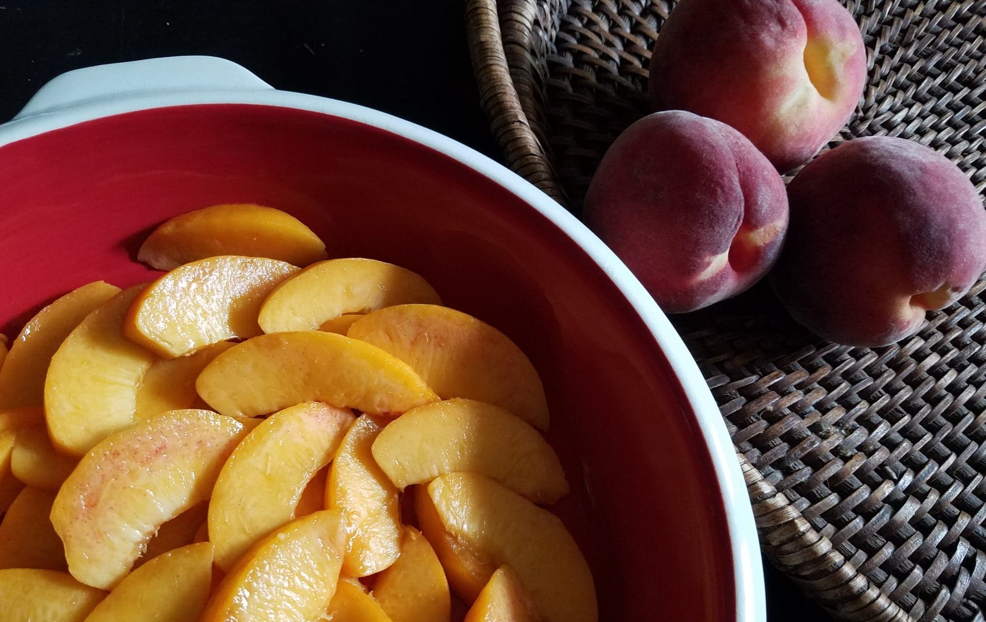 peaches, baking dish