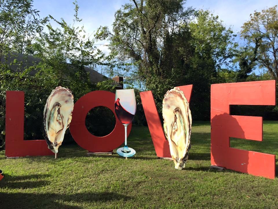 love sign, Urbanna Oyster Festival