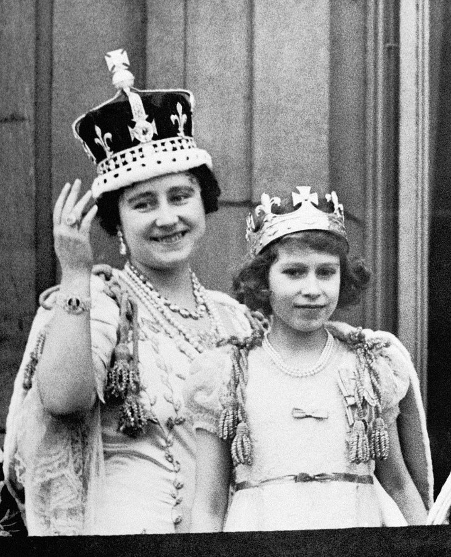 The Queen Mother with future queen Elizabeth II