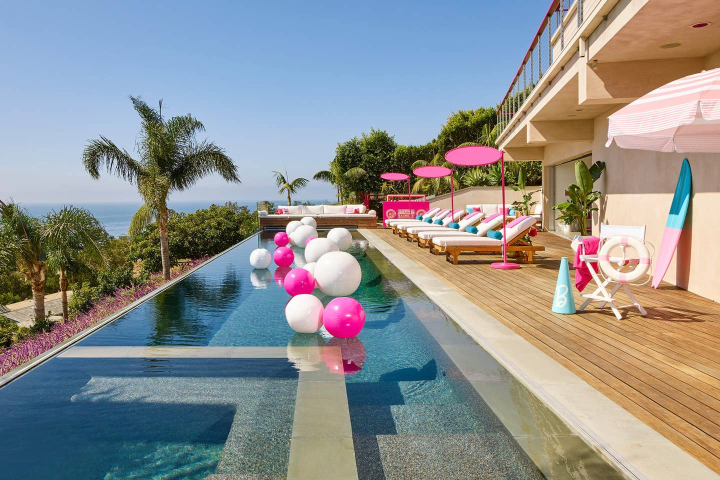 Barbie's Malibu Dream House Pool