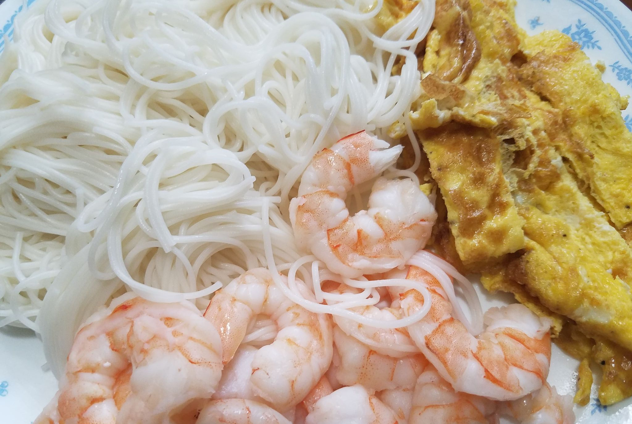 shrimp, noodles