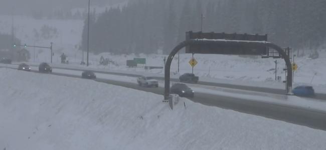 eisenhower tunnel snow