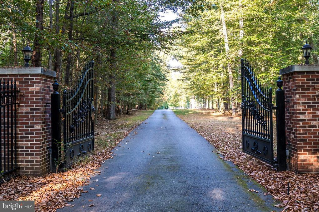 gate, entry
