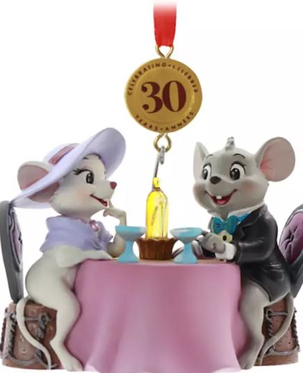 mice eating at table