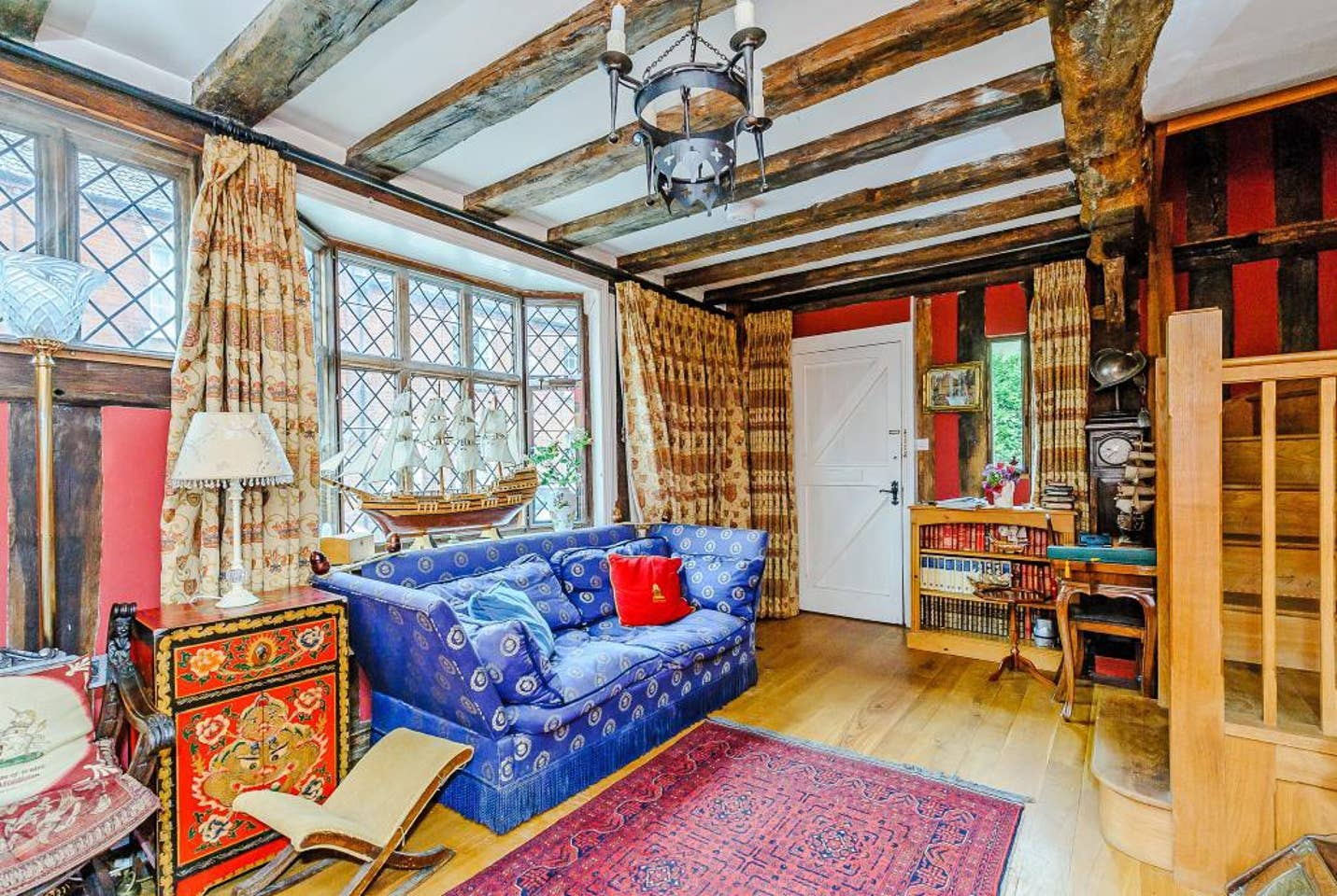 Godric's Hollow, Harry Potter, Airbnb