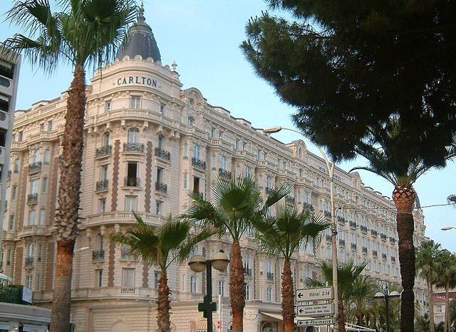 Carlton Intercontinental Hotel, jewelry heists