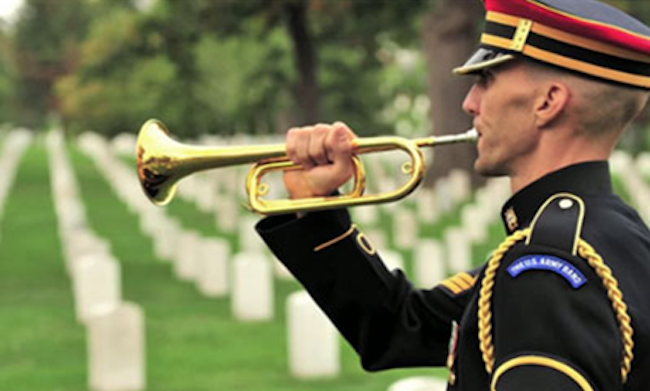 army honor guard playing taps at arlington national cemetery memorial day